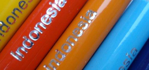 Double ended colour pencils