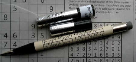 Mechanical pencils for puzzles