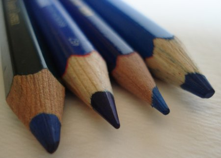 The Conté Television 649 red and blue pencil