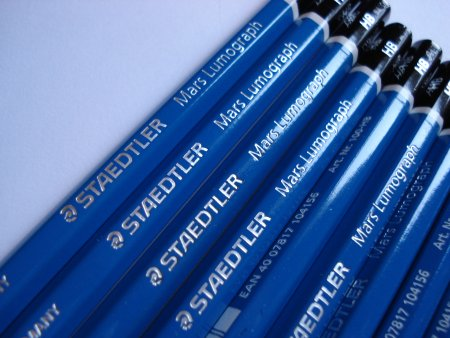 Staedtler Mars Lumograph 100 pencil